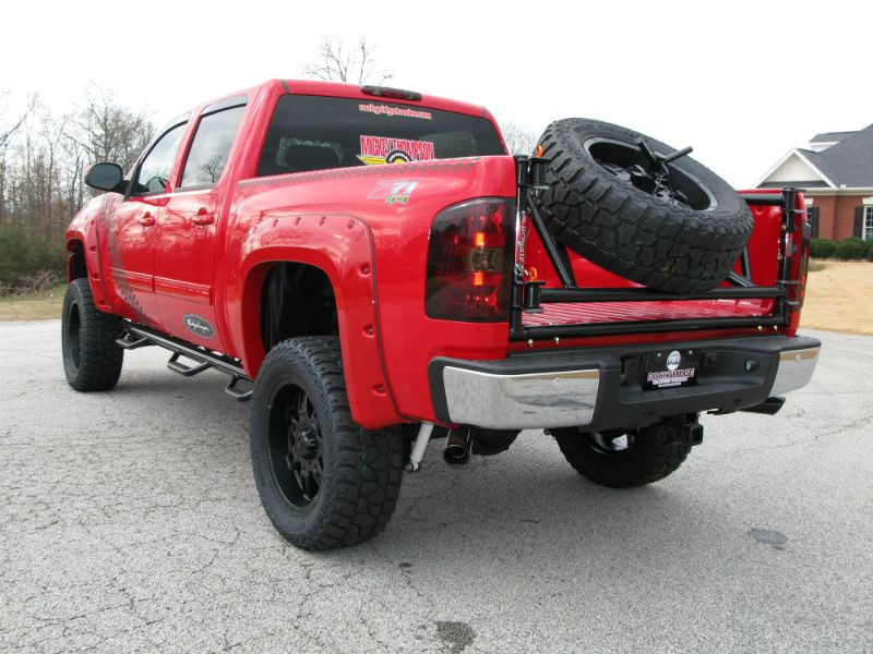 lifted red chevrolet silverado z71 off road i like the tire stand in the back 4x4 tech ideas. Black Bedroom Furniture Sets. Home Design Ideas