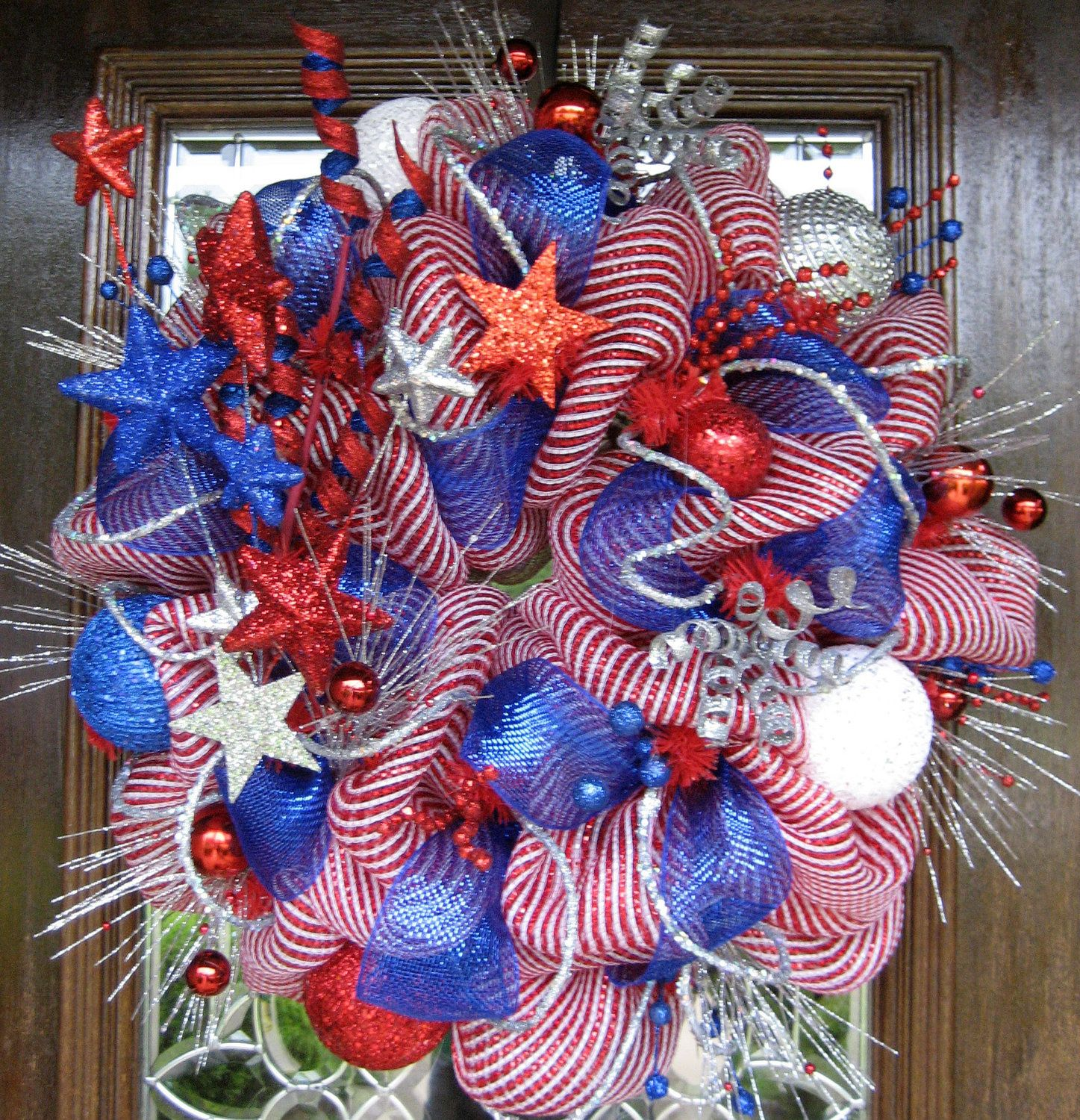 Deco Mesh PATRIOTIC FIREWORKS WREATH. via Etsy.