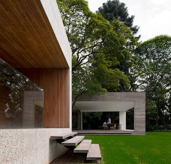 house in São Paulo by Isay Weinfeld