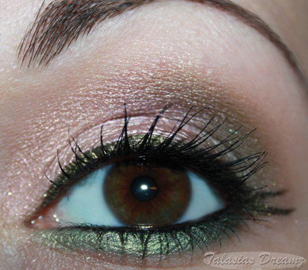 Inglot Eyeshadows http://www.talasia.de/2013/07/01/inglot-eyeshadows-56-142-399-und-blush-68/