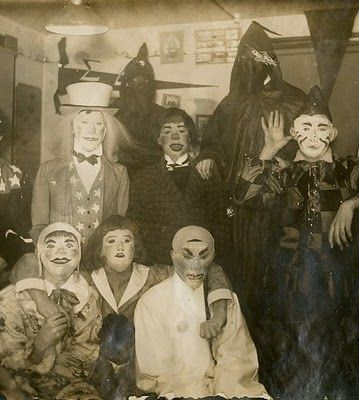 Scarecrowd Check Out Those Old Masks These Should Come Back In