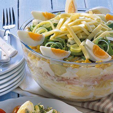 schichtsalat mit gekochtem schinken rezept essen ist fertig pinterest salat salat. Black Bedroom Furniture Sets. Home Design Ideas
