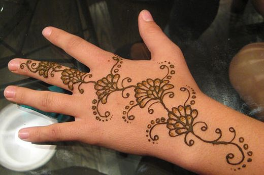 Arabic mehndi design back hand also easy hena designs  can   wait to try rh pinterest