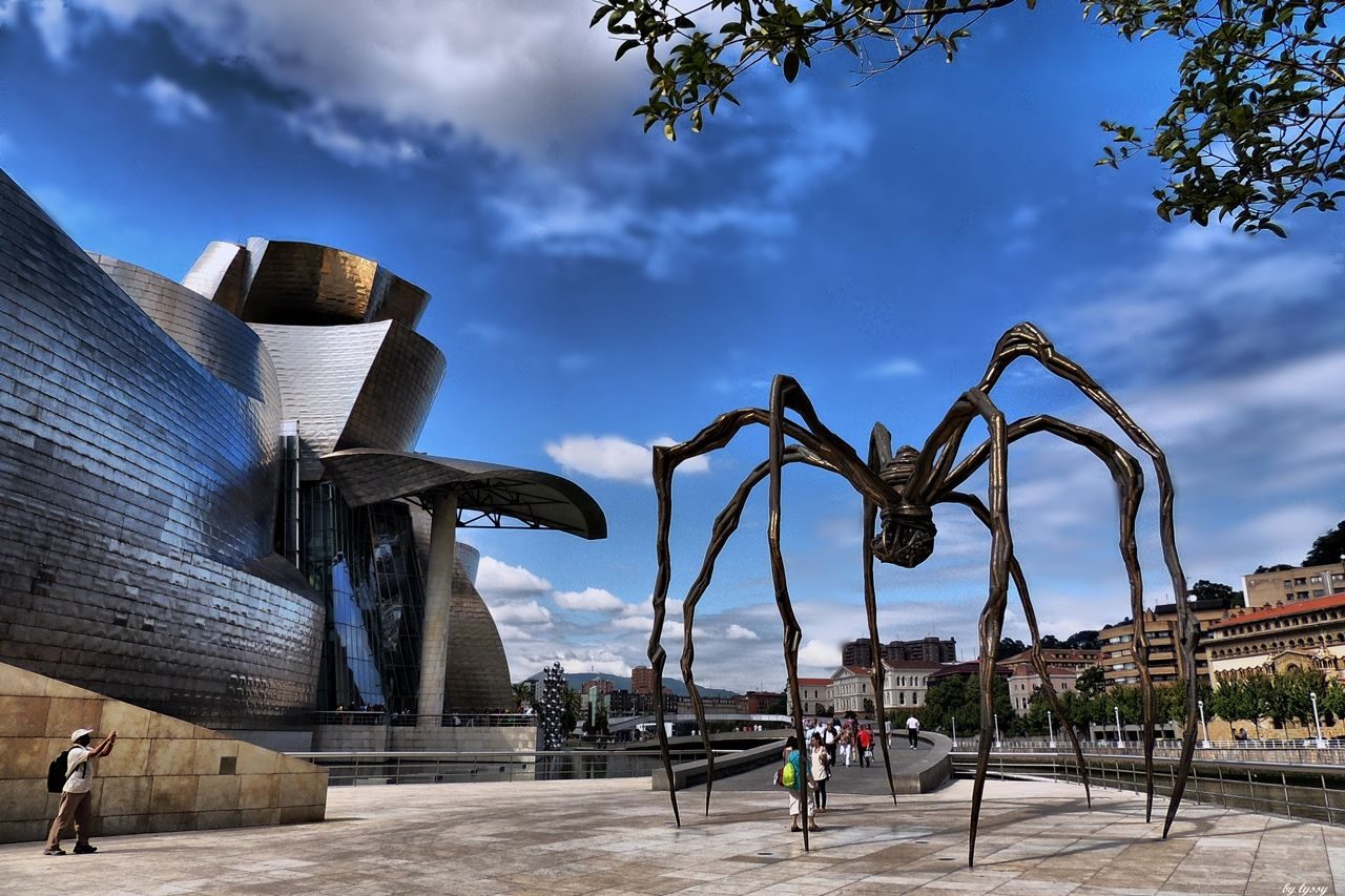 Museum Of Modern Art Guggenheim In Bilbao. Historia