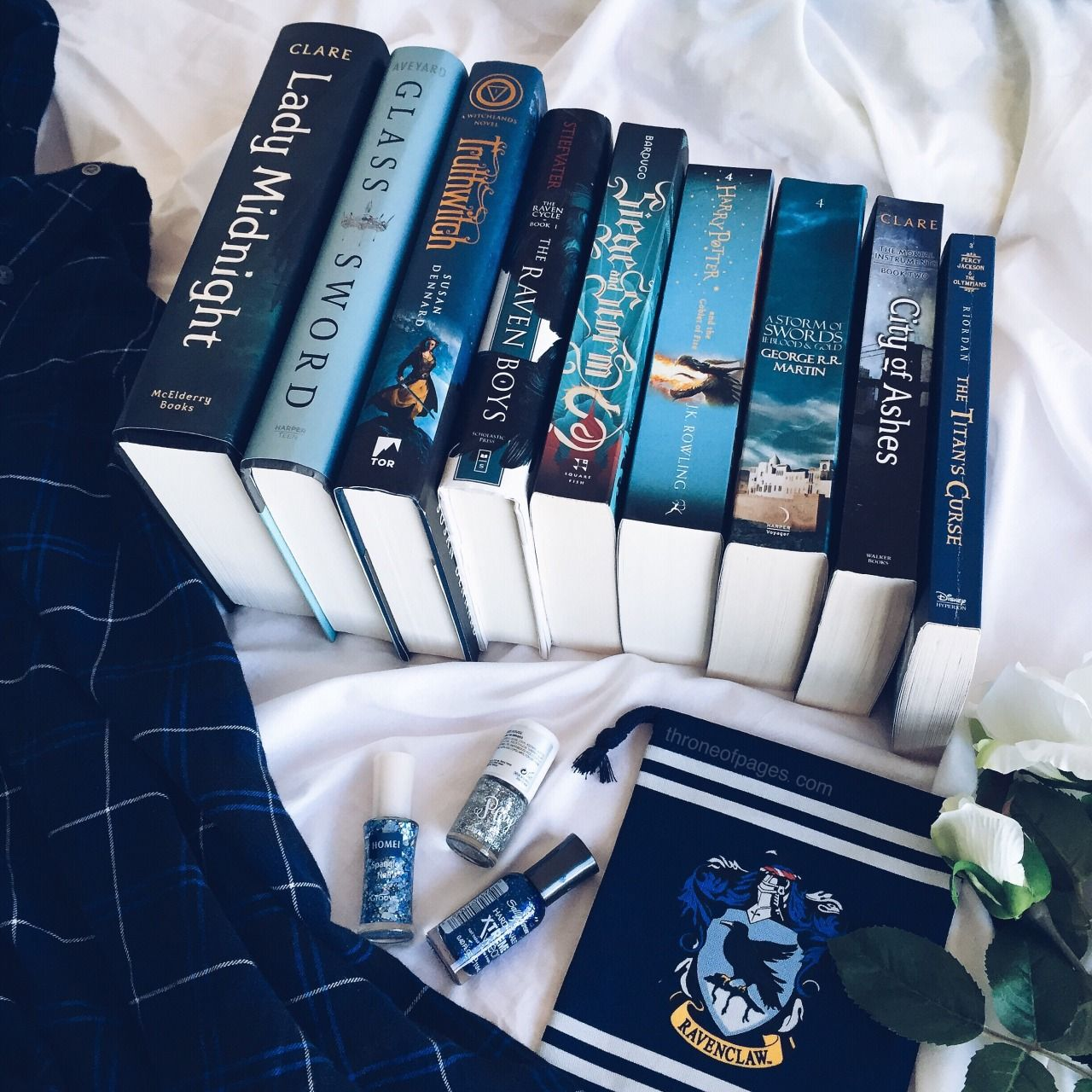 The Ya Literature Bookshelf Throne Of Pages Blue Fantasy Books Ravenclaw Ravenclaw Aesthetic Fantasy Books