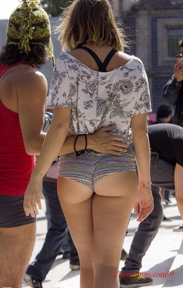 Teen Short Shorts Candid