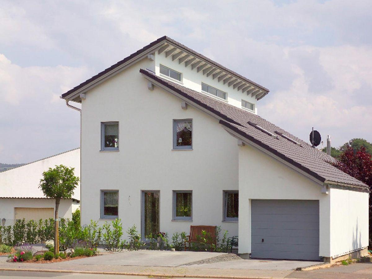 Einfamilienhaus Mit Einliegerwohnung Wolf System Haus Einfamilienhaus Mit Einliegerwohnung Einfamilienhaus Einliegerwohnung