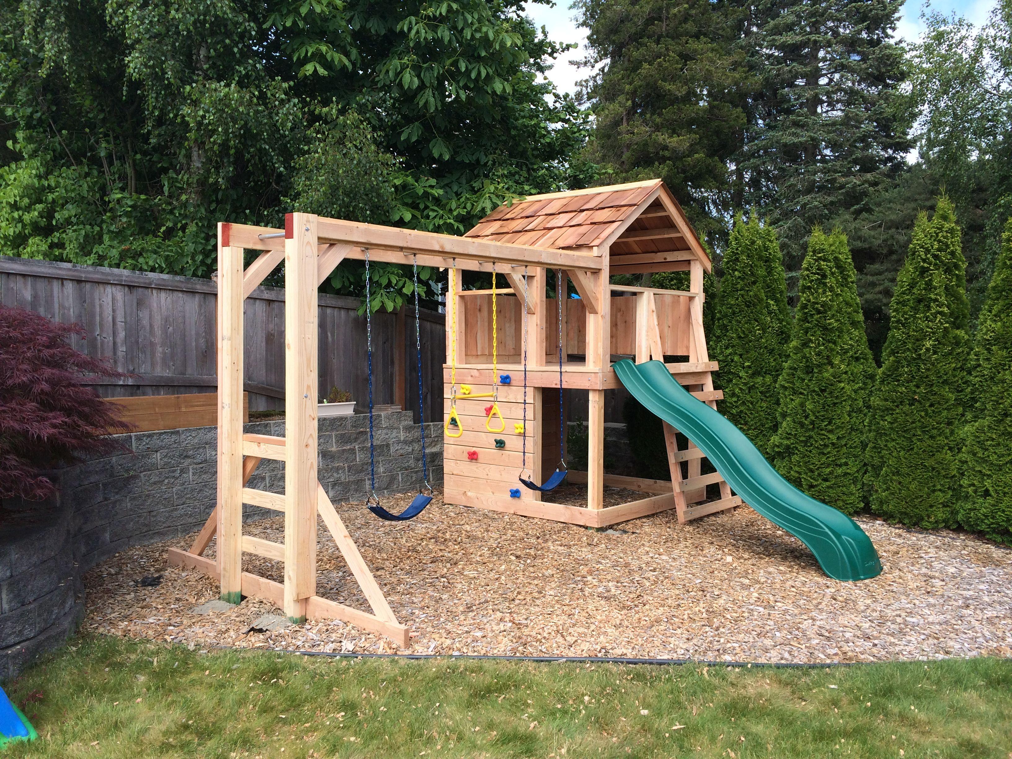 Evergreenplaysets Com Swing Set Playhouse Custom Built For