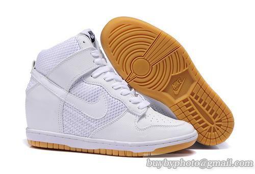 finest selection 2b1b5 c1a10 Womens Nike Dunk Sky Hi SneakerBoot White Mesh Gum 579763-100