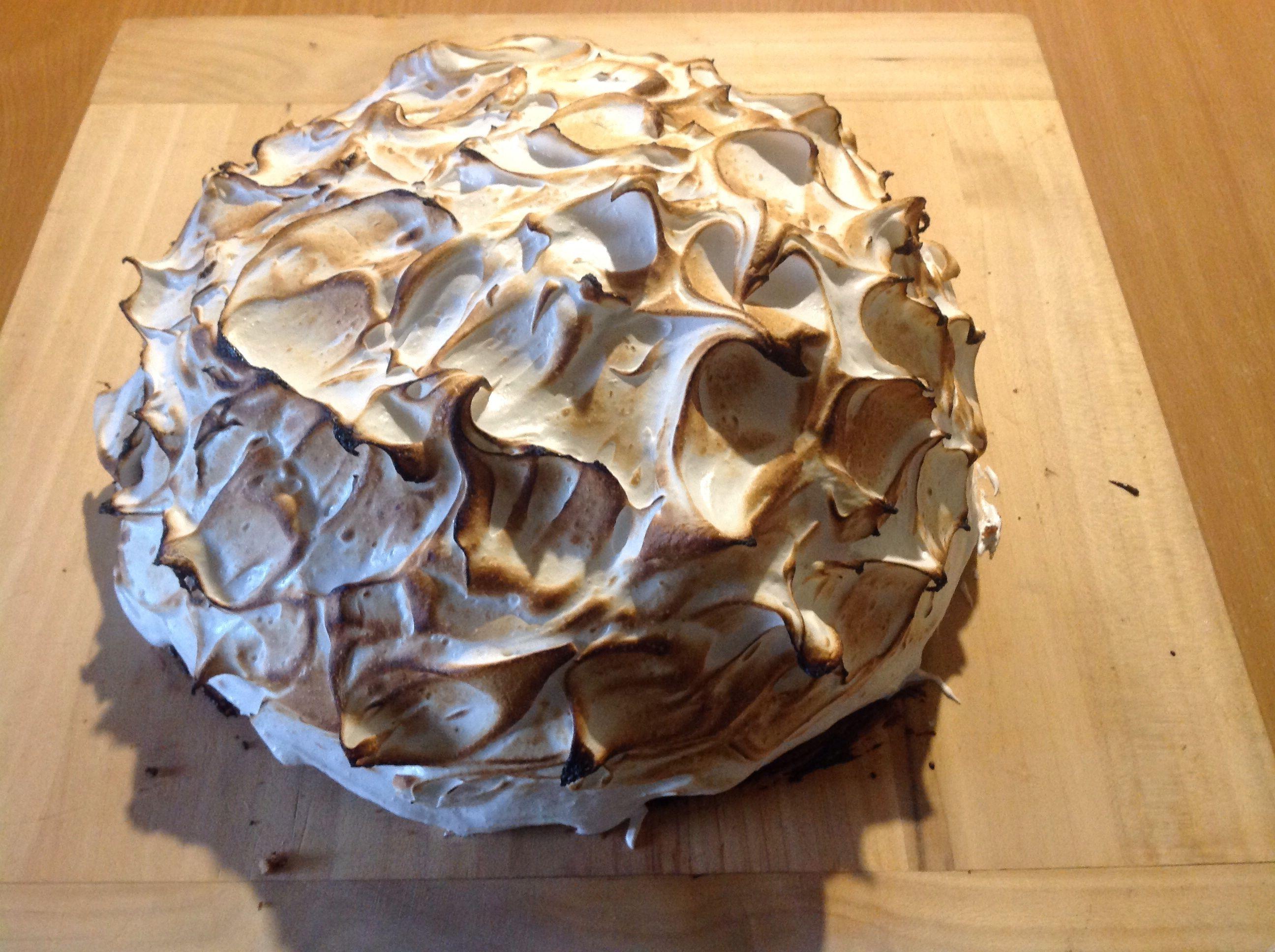 Torte mit Baiser überbacken