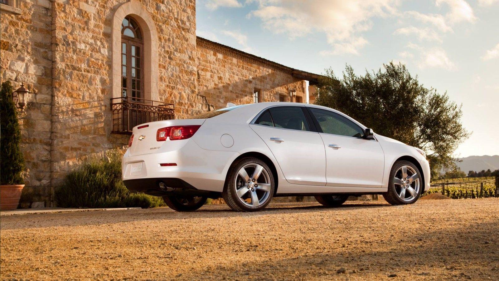 Profile View Of A White Diamond Malibu Ltz Mid Size Sedan Malibustyle Chevrolet Mid Size Sedan Mid Size Car