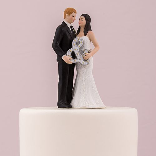 A Perfect Cake Topper For The Modern Bride And Groom This Cute Couple Pose With