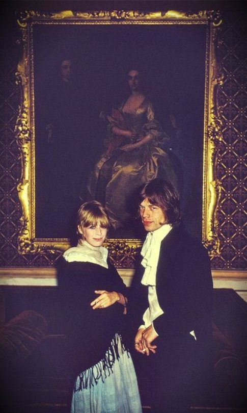 Marianne Faithfull & Mick Jagger in Castletown Mansion in Ireland. Photo by Slim Aarons, August 1968.