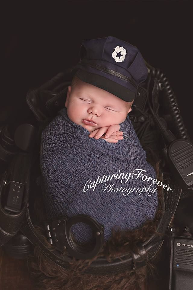 We sell handmade baby clothing for newborn and sitter photography sessions 447701726401