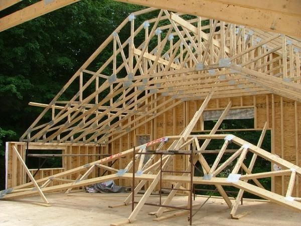 Vaulted Truss Loft Google Search Roof Trusses House