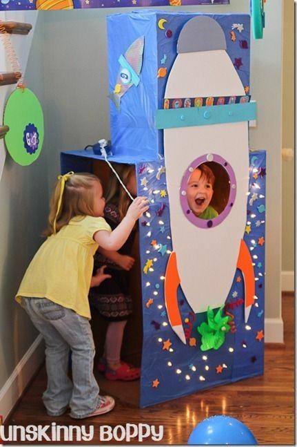 Blast Off rocket ship themed birthday party from http://@Beth J J Nativ Nativ Nativ ~Unskinny Boppy~