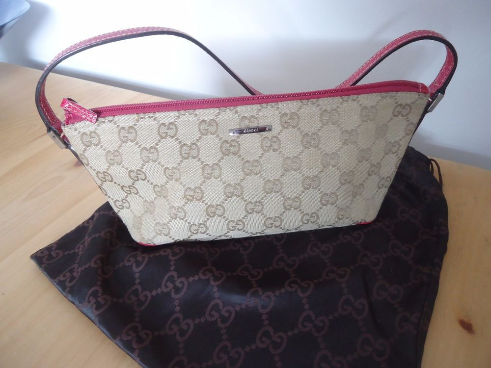 c48813c36701 Vintage Gucci GG Canvas Very Small Shoulder Handbag Purse Beige Pink ...