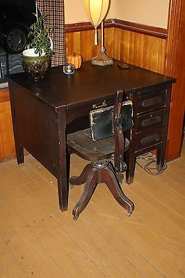 Vintage Antique T.G.Sellew Desk/Remington Standard Typewriter