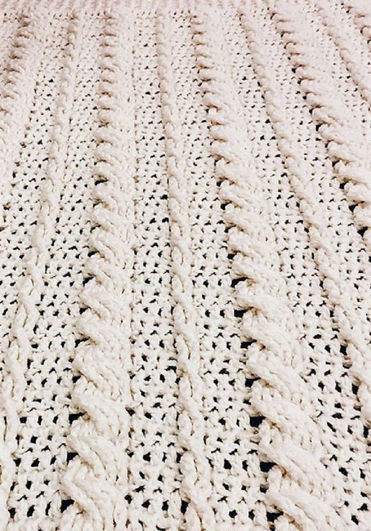 Free Pattern] Fabulous Crochet Cabled Wedding Blanket