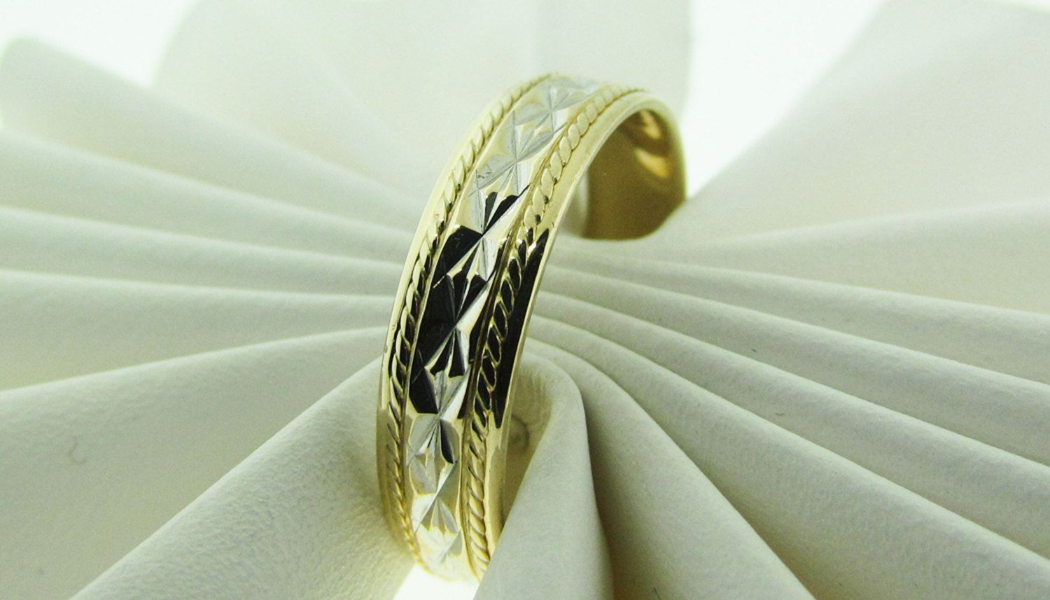 Vintage wedding band by Artcarved. 14 K two tone gold