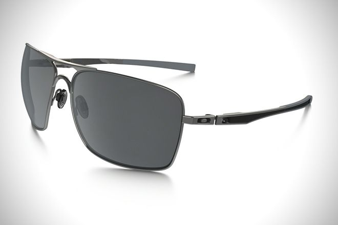 76a4461d187b5 Driver s Seat  10 Best Driving Sunglasses