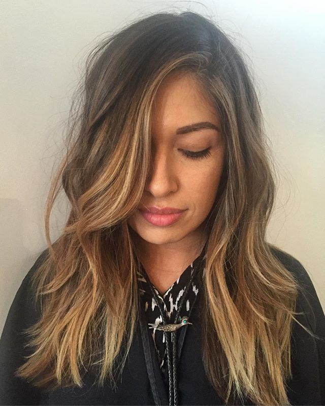 Dani Cepeda On Instagram Added Some Face Framing Highlights To This Balayage We Did Months Ago Brown Hair Balayage Balayage Brunette Balayage Hair