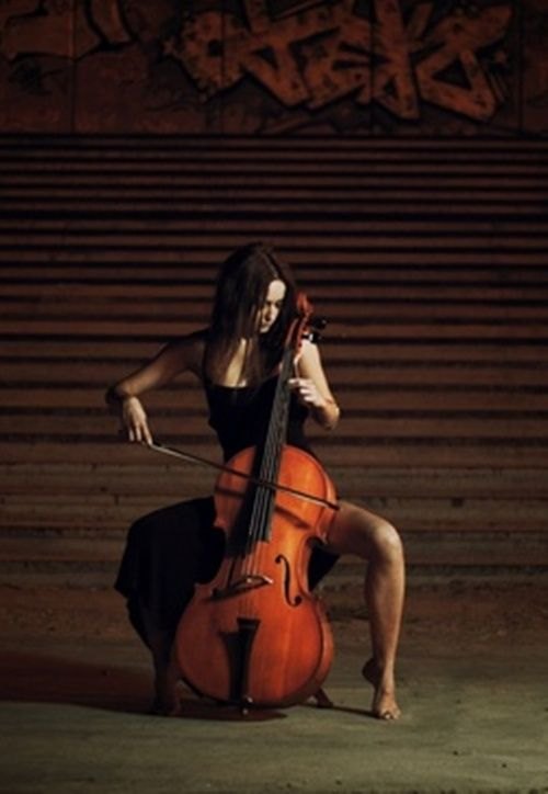 cello player, not. Joceyro: This pic looks inspiring! But ...