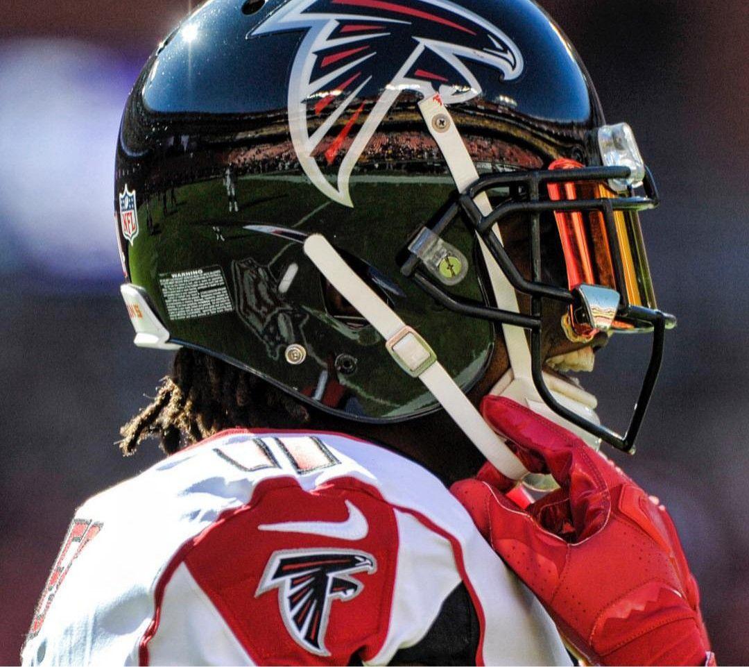 Julio Jones With Images Atlanta Falcons Kansas Chiefs Football Helmets