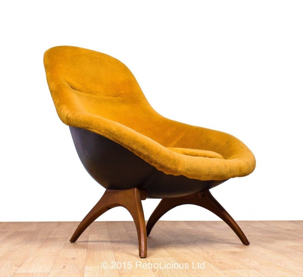 RARE Fibre Glass And Teak Egg Chair Armchair Danish Design Mid Century