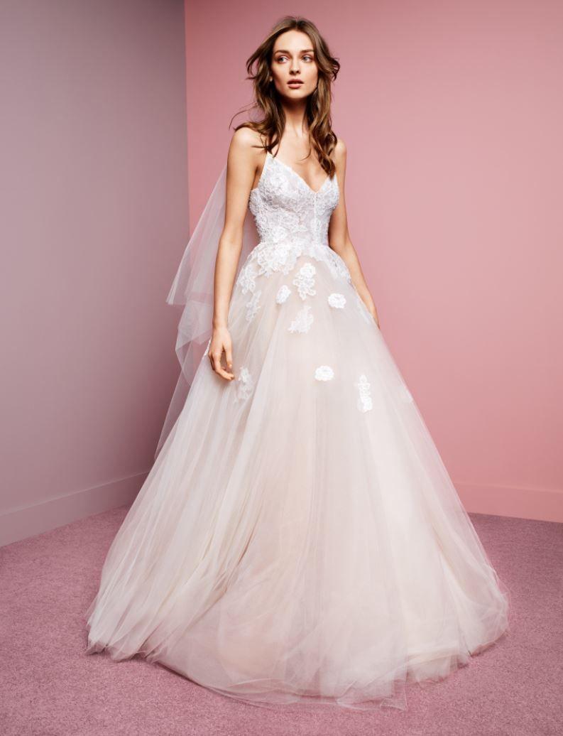 Monique lhuillier fall 2016 severine monique lhuillier for Buy monique lhuillier wedding dress
