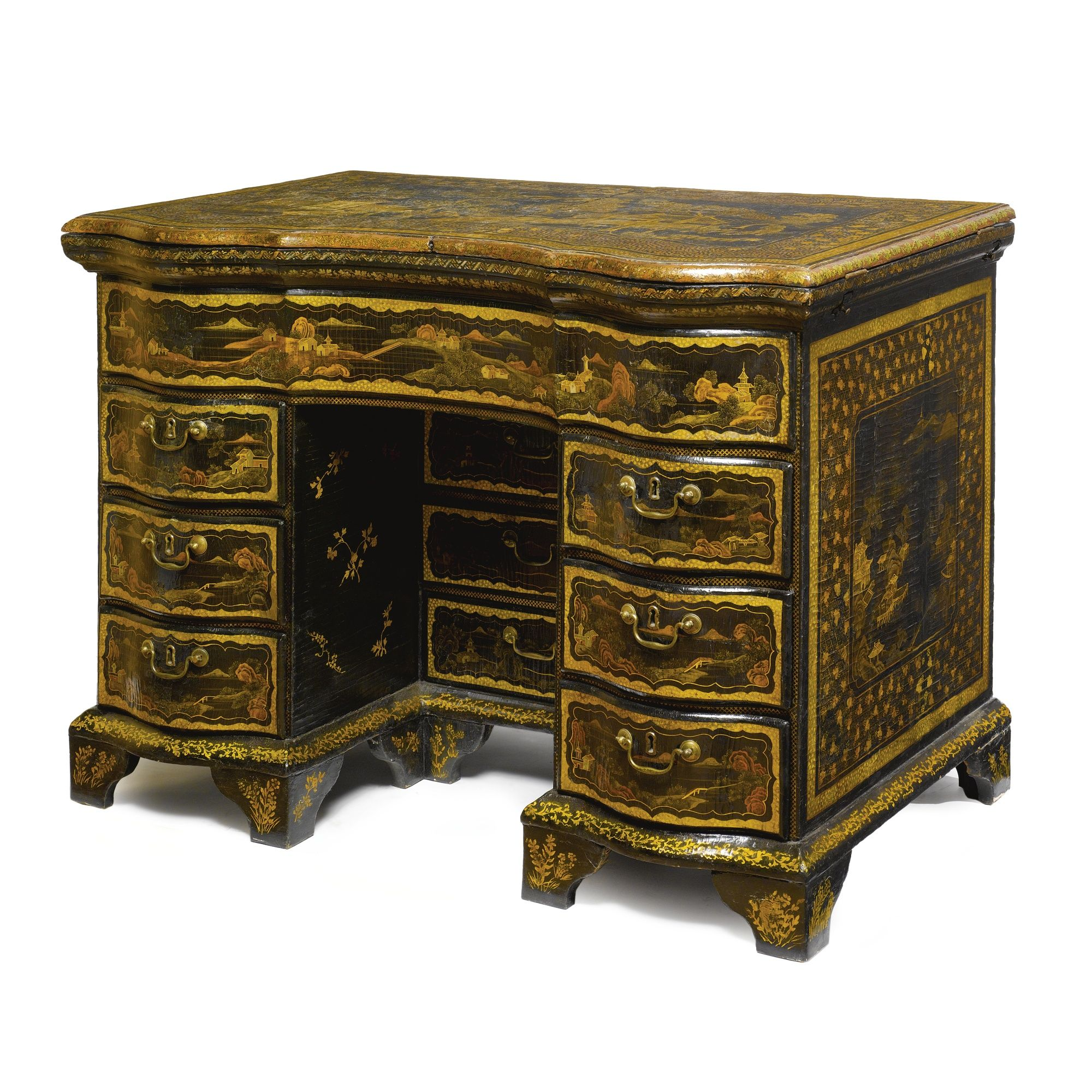 High Quality A Rare Chinese Export Parcel Gilt Black Lacquer Dressing Tableu003cbru003eu003cP