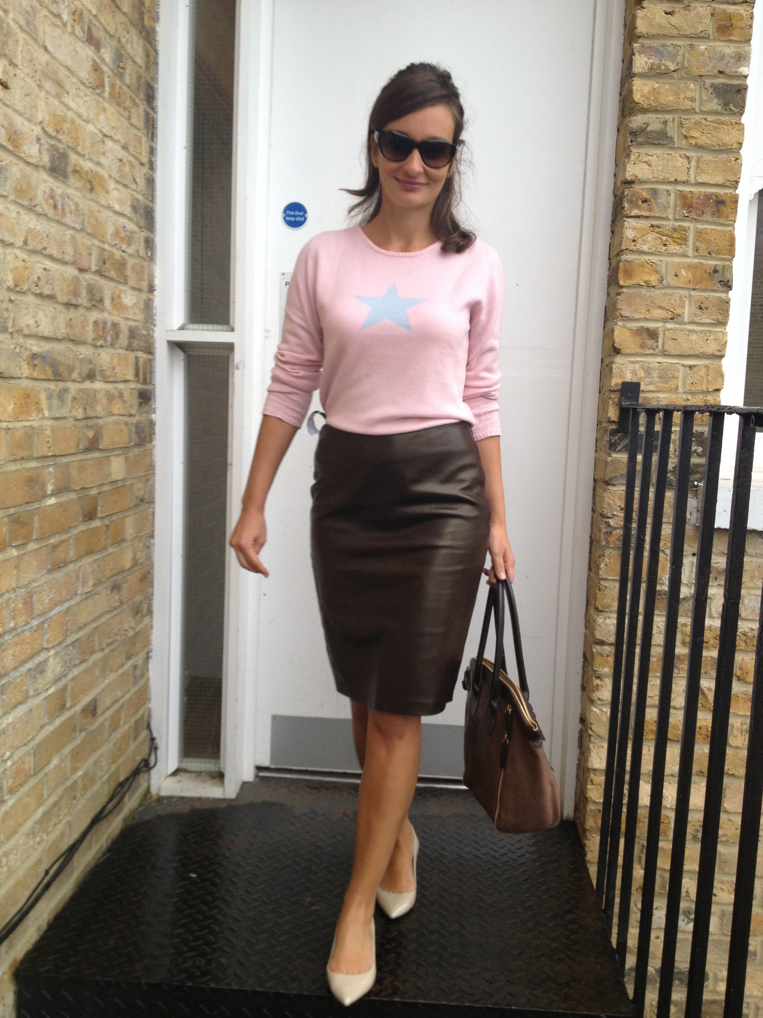 1000  images about Fly stlyes - Pencil skirts on Pinterest | Work ...