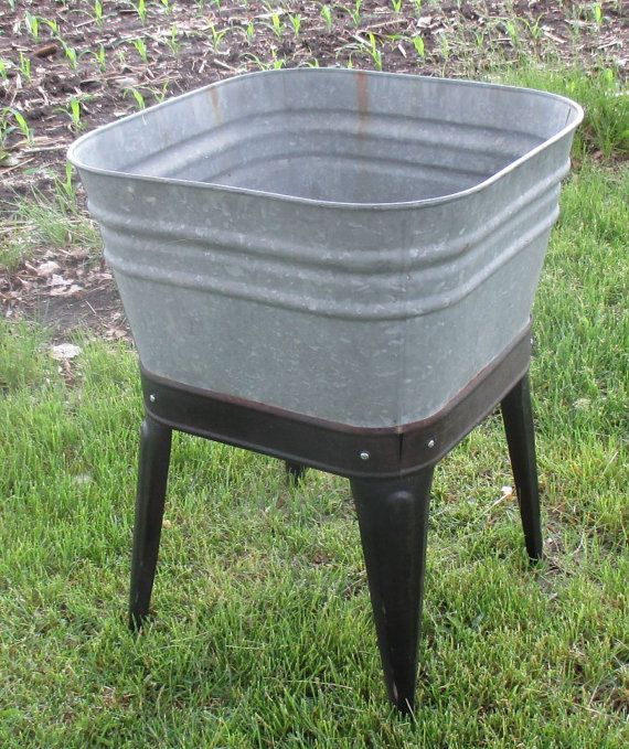 Wheeling Galvanized Single Wash Tub Beer Cooler by TheOldGrainery