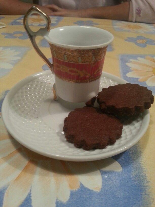 Te con pastas?no! Cafe y galletas de chocolateee