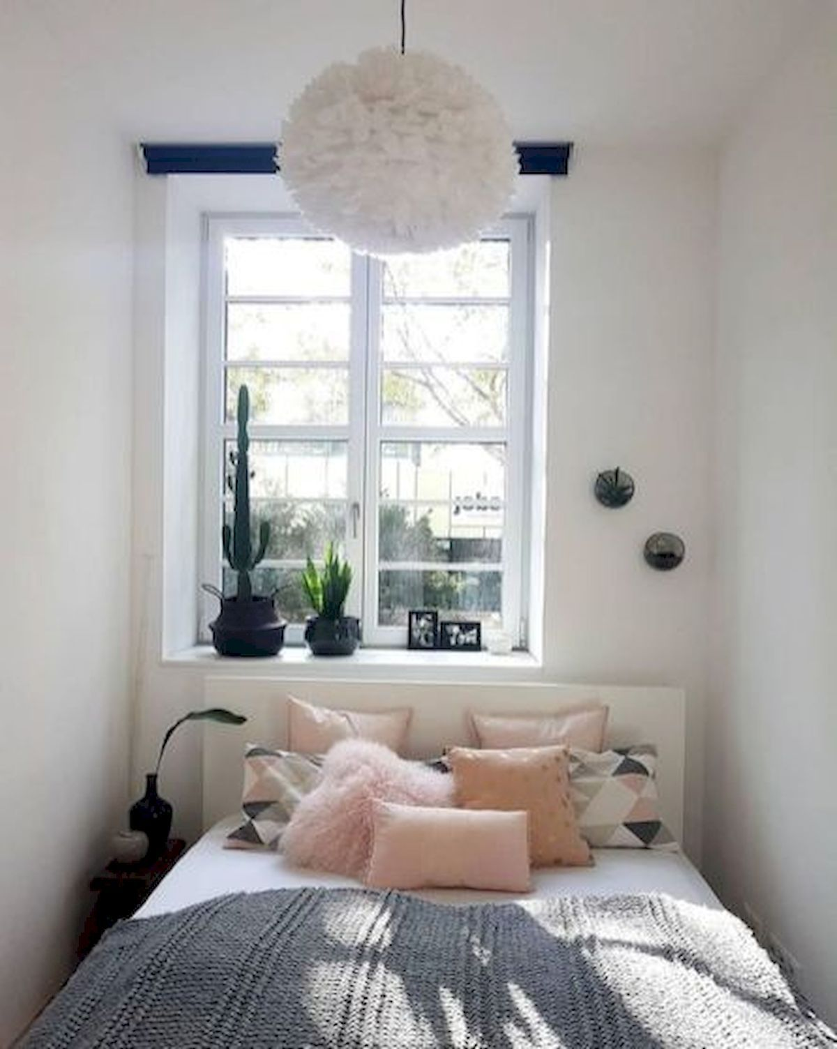 33 Ideas For Small Apartment Bedroom 33decor Apartment Bedroom Decor Small Room Design Small Apartment Bedrooms Small apartment bedroom decor