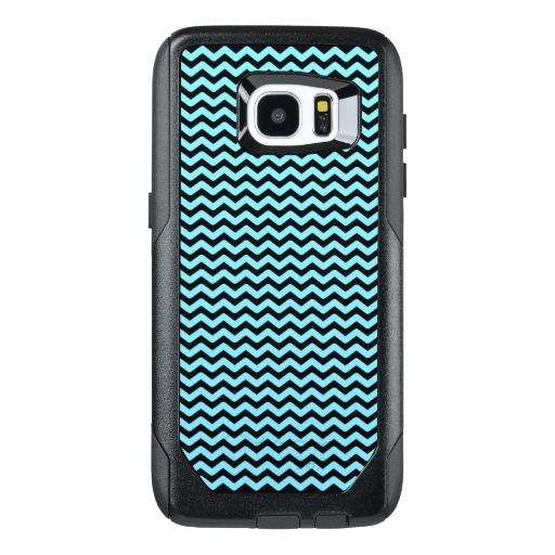 Light Blue & Black Wavy Lines Pattern