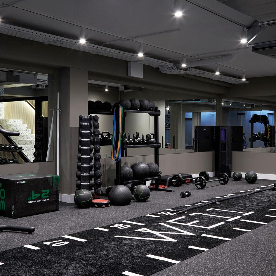We11 S 360 Degree Fitness Studio Opens In London Photographydegreelondon Keller Turnhalle Fitnessraum Zu Hause Fitnessstudio Zu Hause