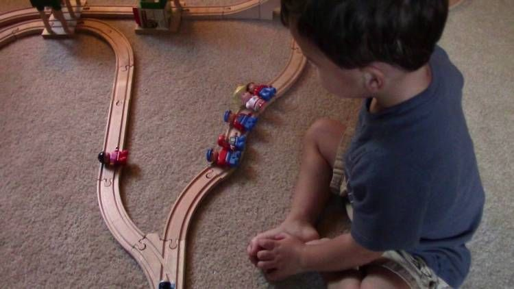 Two-Year-Old Comes Up With an Adorably Horrifying Solution to the Trolley Problem