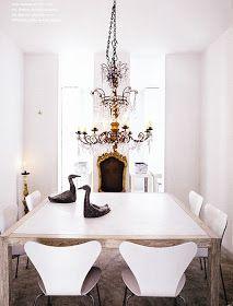 Beautiful,  yet understand dinning room.