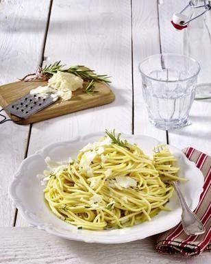 spaghetti mit rosmarin butter so e vegetarische rezepte pinterest spaghetti butter und. Black Bedroom Furniture Sets. Home Design Ideas
