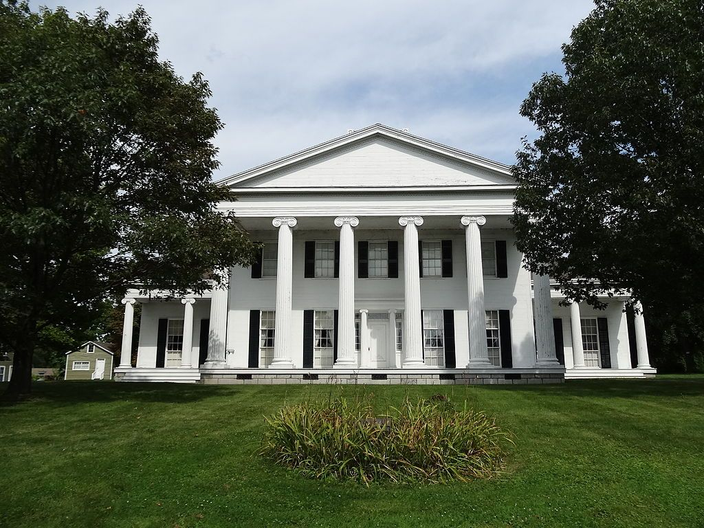 Rose Hill Mansion In Fayette New York Is A Monumental Scale Mansion Built In The Form Of A 2 Story Greek Temple With Rose Hill Mansion Mansions Rose Hill