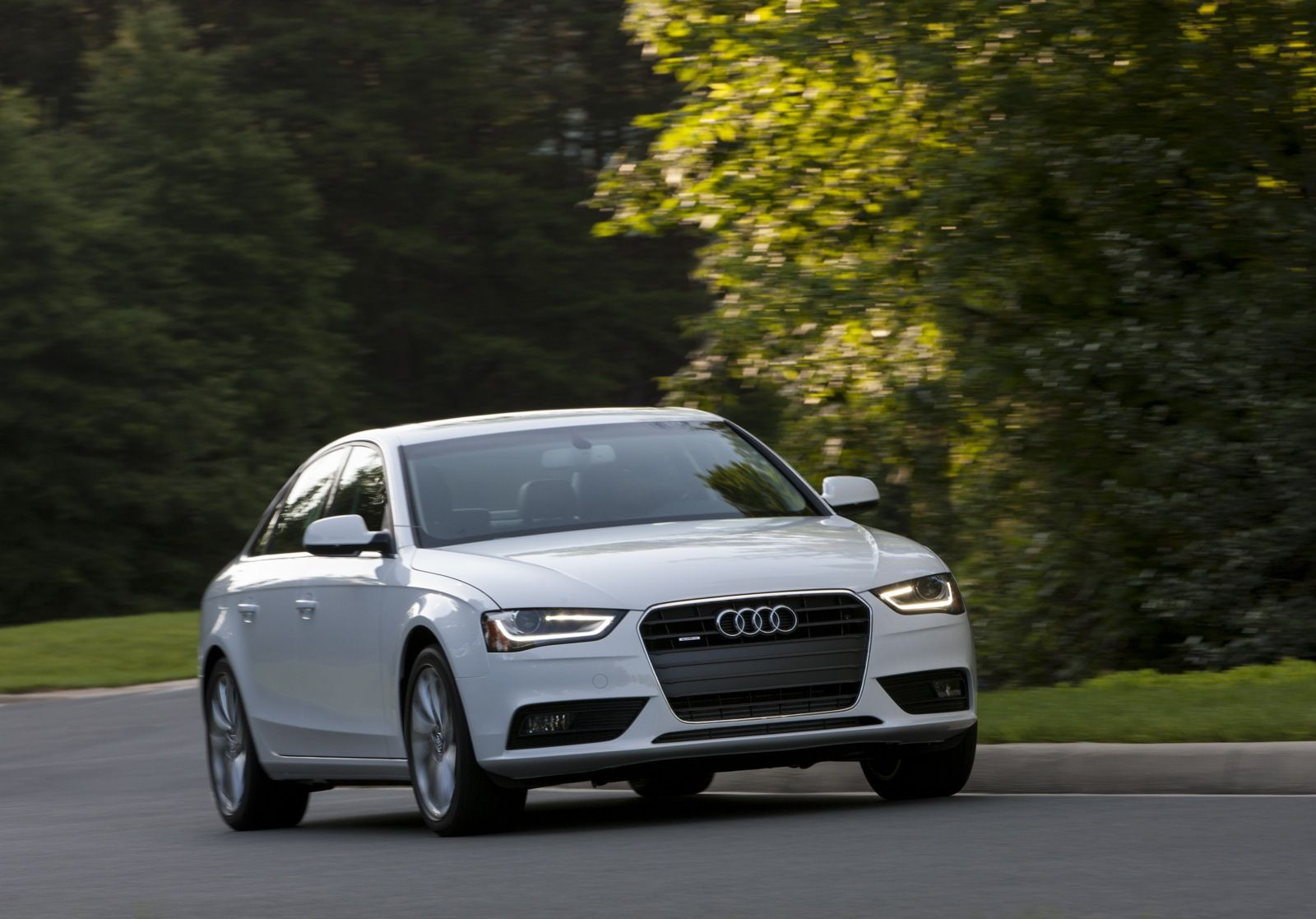 Audi A4 Quattro Fuel Economy In 2020 Audi A4 Audi A4 Quattro Audi