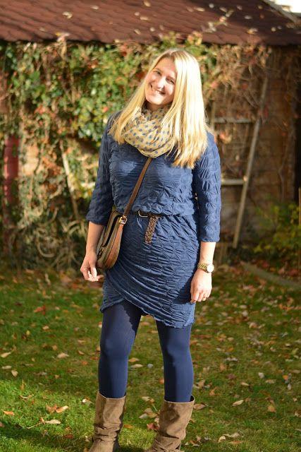 DIY Kleid in Wickeloptik, blau