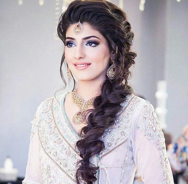 Mehndi Loose Side Curls Indian Wedding Hairstyles Engagement