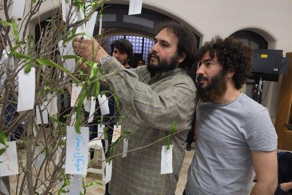 فیلم سینمایی لانتوری به کارگردانی رضا درمیشیان به به جشنواره فیلم برلین ۲۰۱۶ راه یافت. درمیشیان بامداد سهشنبه ۲۲ دی ماه تهران را به قصد هند ترک کرد.