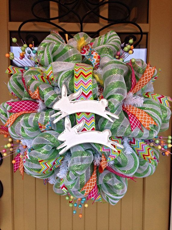 Celebrate The Spring Season With This Beautiful Deco Mesh Wreath