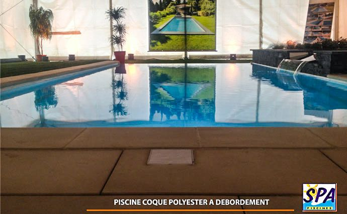 Nouveauté 2014  Piscine coque polyester à débordement    www