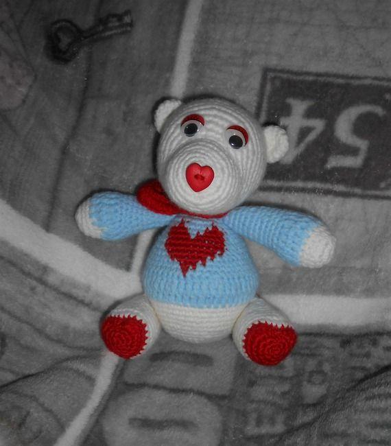 Amigurumi Valentines Bear
