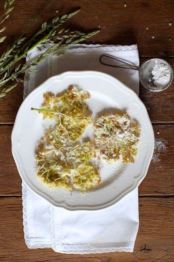 Kwiaty Czarnego Bzu W Ciescie Nalesnikowym Z Limoncello Food Cooking Food Photography