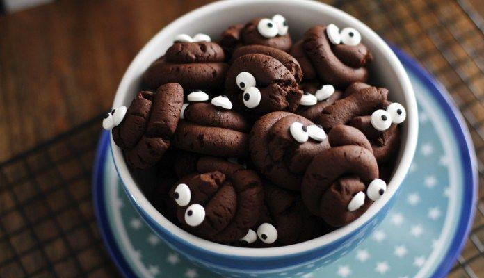 Halloween Kekse Kackhaufen - Kekse in Häufchen Form für Halloween